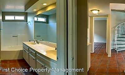 Bathroom, 37527 Vineyard Knoll Dr, 1