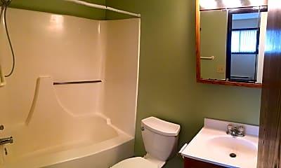 Bathroom, 1151 Prairie Pkwy, 2