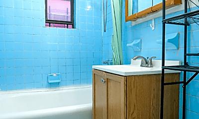 Bathroom, 279 Quentin Rd, 2