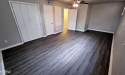 Living Room, 3017 N Lee Ave, 2