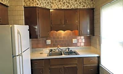 Kitchen, 2013 Elwood Ave, 1