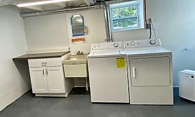 Kitchen, 3212 Uniontown Rd, 2
