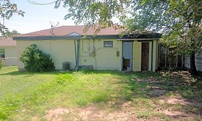 Building, 1407 N Polk St, 2