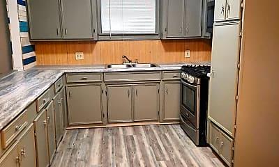 Kitchen, 204 Dorothy St, 1