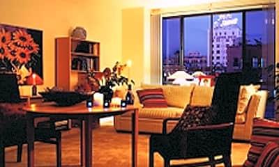 Horton Fourth Avenue Apartments, 2