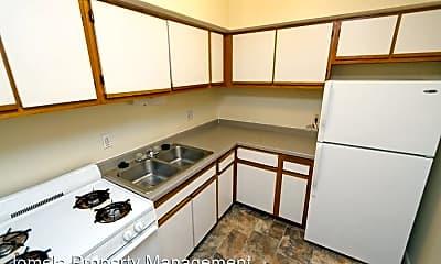 Kitchen, 3118 W Wells St, 1