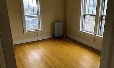Living Room, 407 Stolp Ave, 2