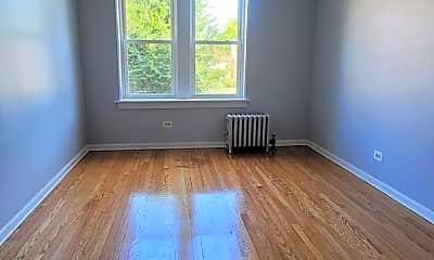 Living Room, 8156 S Kingston Ave, 2
