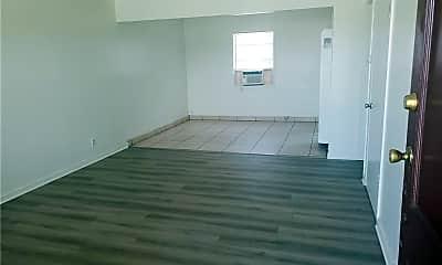 Living Room, 2290 Locust Ave 6, 1