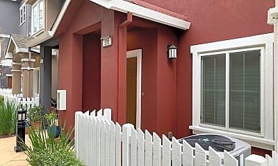Patio / Deck, 900 Rancho Pl, 1
