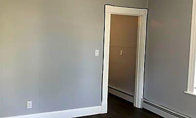 Bedroom, 16 Crown St, 2