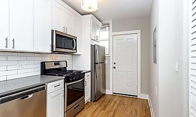 Kitchen, 2341 W Ainslie St, 2