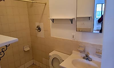 Bathroom, 223 9th Street, 1