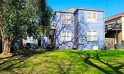 Building, 342 Donaldson Ave, 2