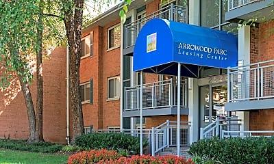 Building, Lerner Arrowood Parc, 1