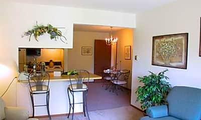Kellogg Cove Apartments, 2