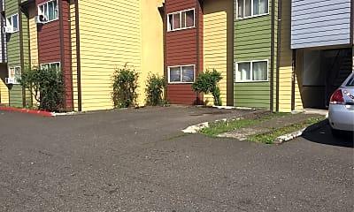 Newporter Apartments, 2