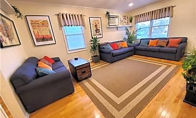 Living Room, 39 Nash Pl, 0