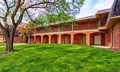 Building, Royal Oak Estates, 0