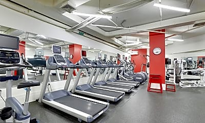 Fitness Weight Room, 2425 L St NW 807, 2