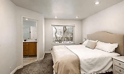 Bedroom, 2803 E Evergreen Ave, 2