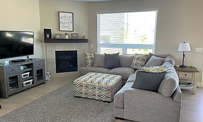 Living Room, 1316 Johnston Ct, 2