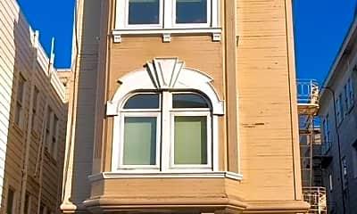 Building, 578 Filbert St, 1