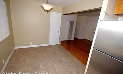 Bedroom, 906 E 4th Ave, 1