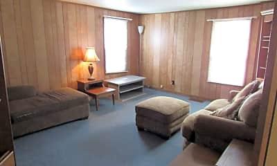 Living Room, 121 S 8th St, 1