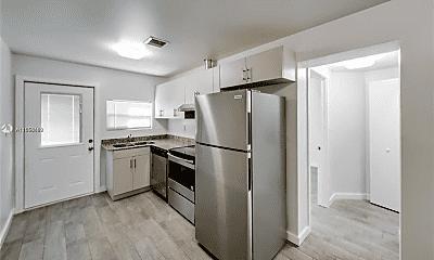 Kitchen, 1604 SW 9th St, 1