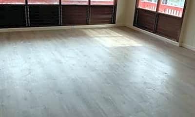 Living Room, 1630 Frog Ln, 0