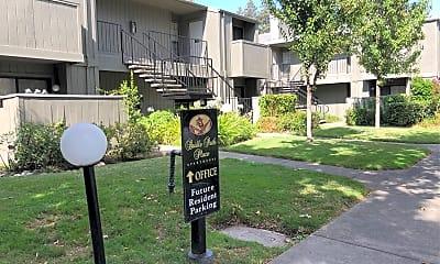 Bridle Path Place Apartments, 0