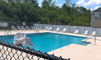 Pool, 209 Grandview Dr, 2
