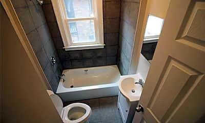 Bathroom, 5527 Nottingham Rd, 2