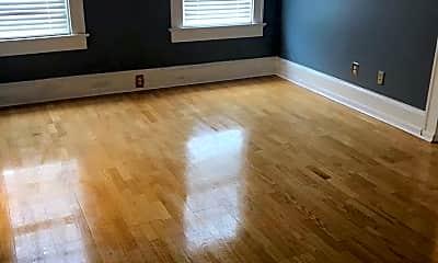 Living Room, 2201 Park Rd, 1