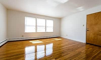 Living Room, 7624 S Kingston Ave, 1