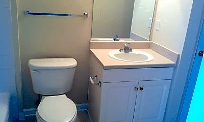 Bathroom, 100 Kensington Blvd, 2