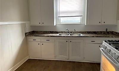 Kitchen, 2835 Orleans Ave, 2