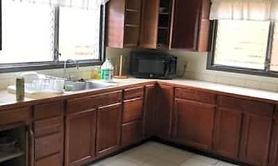 Kitchen, 1333 Akiahala St, 1