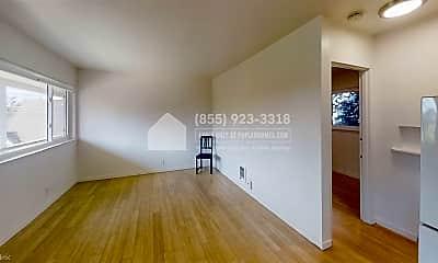 Living Room, 3019 Bateman St, 0