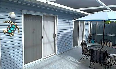 Patio / Deck, 3300 Loveland Blvd 2104, 0
