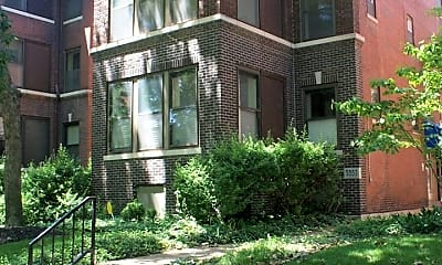 Building, 5557 Pershing Ave, 0