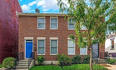 Building, 921 Philadelphia St, 1