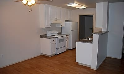 Ridgeway Apartments, 2