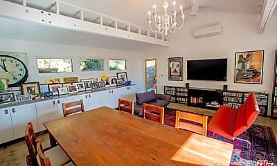 Living Room, 1691 Woods Dr, 2