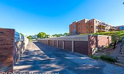 Building, 5555 Zealand Avenue, 1