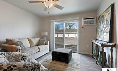 Living Room, 2214 Riverview Dr, 2