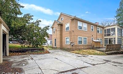 Building, 4800 Jarboe St, 2