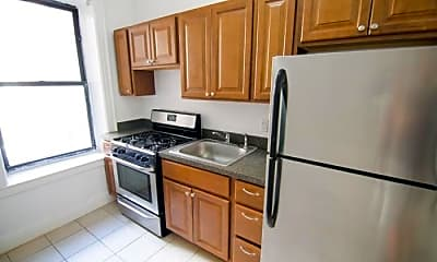 Kitchen, 119-21 Metropolitan Ave, 0