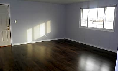 Living Room, 407 E Seminole St 1, 1